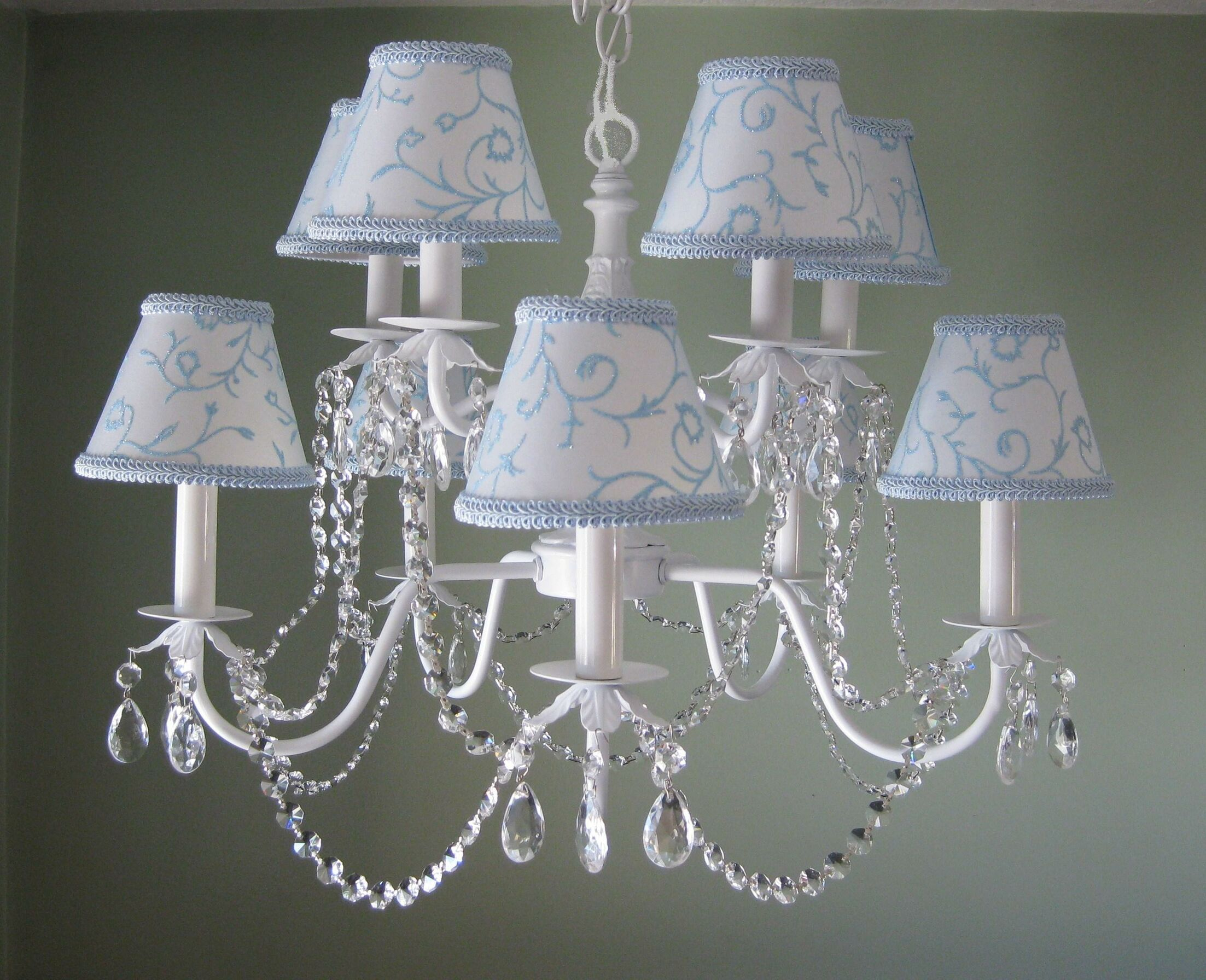 Majestic Queen 10-Light Shaded Chandelier Shade: Rapunzels Tower White
