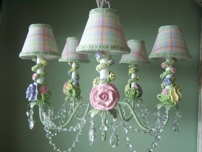 Climbing Rose Trellis 5-Light Shaded Chandelier Shade: Pastel Plaid