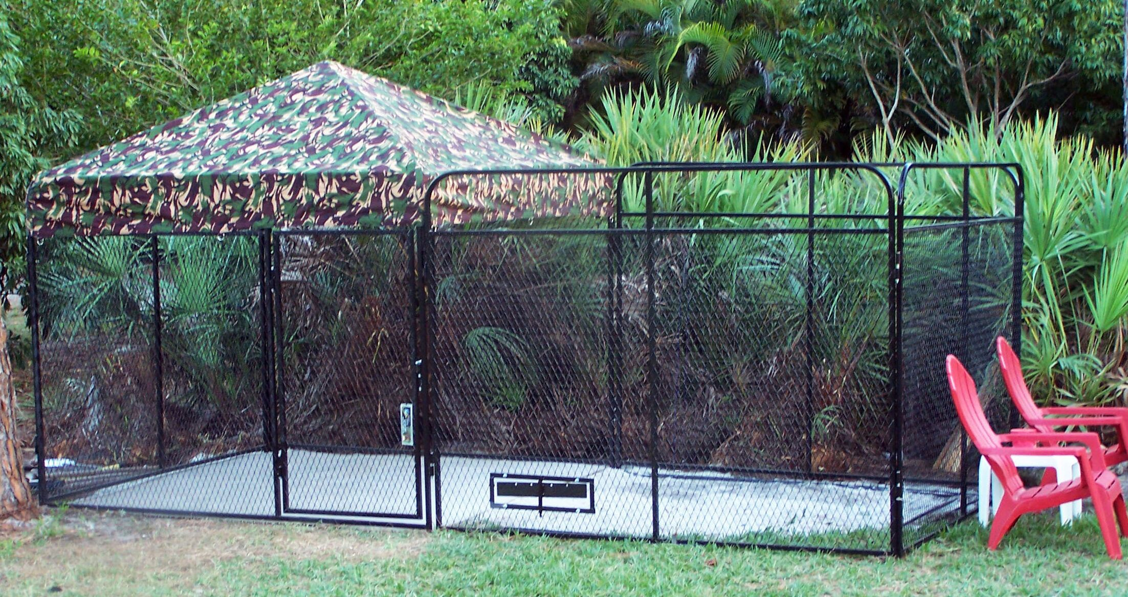 Basic Expanded Metal Yard Kennel Color: Camouflage, Size: 72