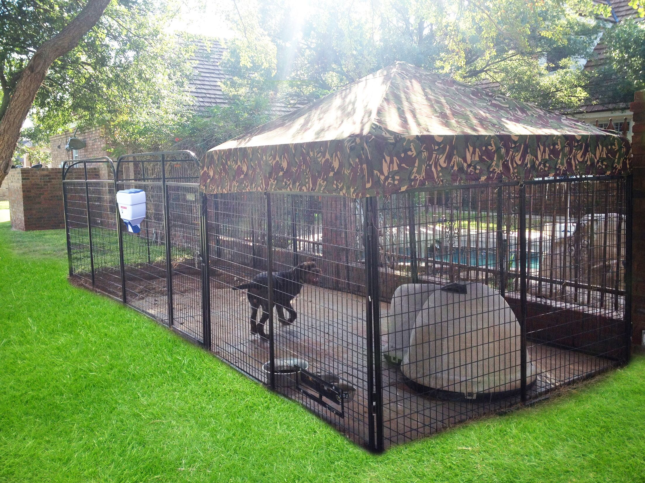 Brendan Expanded Metal Yard Kennel Color: Camouflage, Size: 72