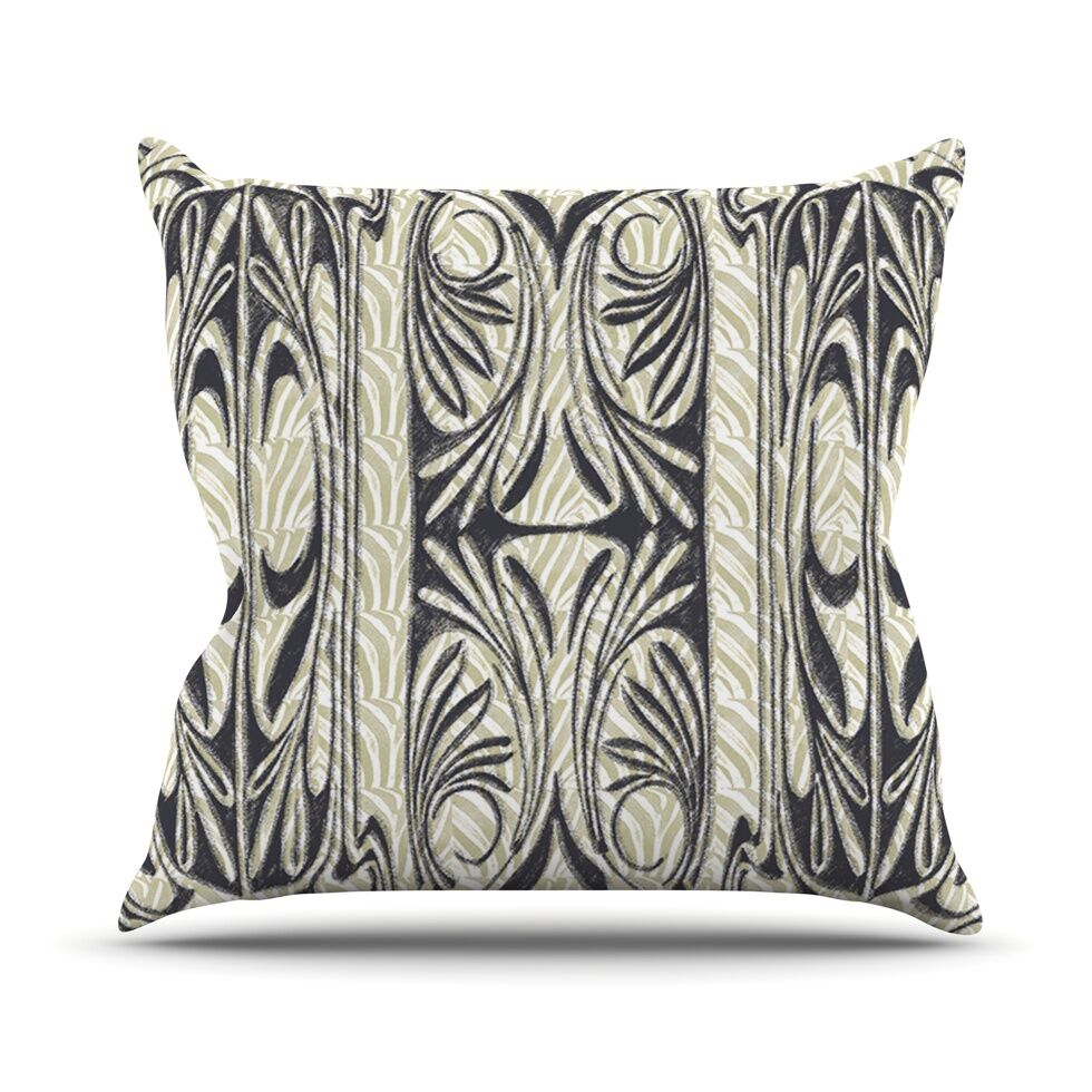 The Palace Throw Pillow Size: 20