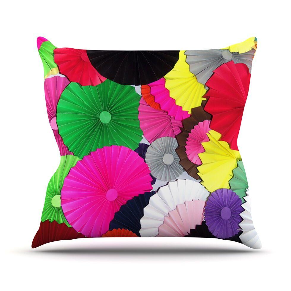 Tempting by Heidi Jennings Circles Throw Pillow Size: 18