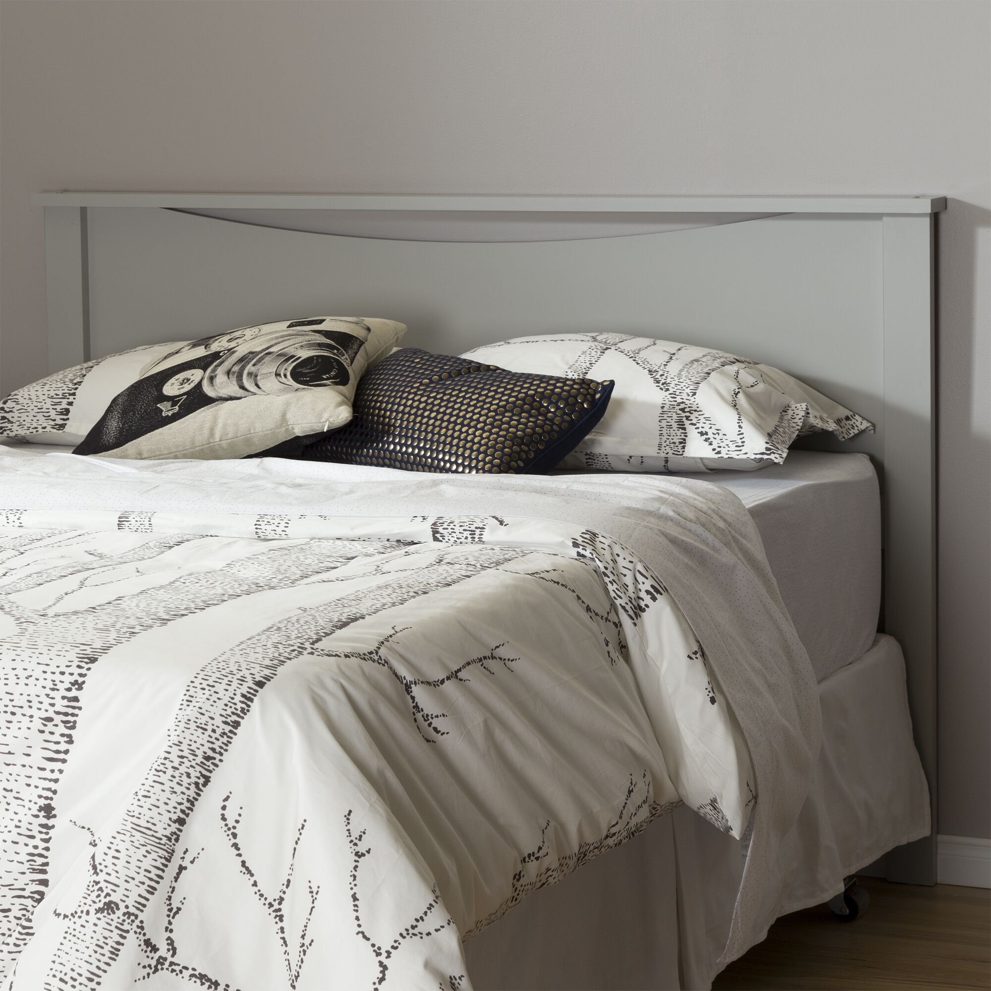 Step One Panel Headboard Size: Queen, Color: Soft Gray