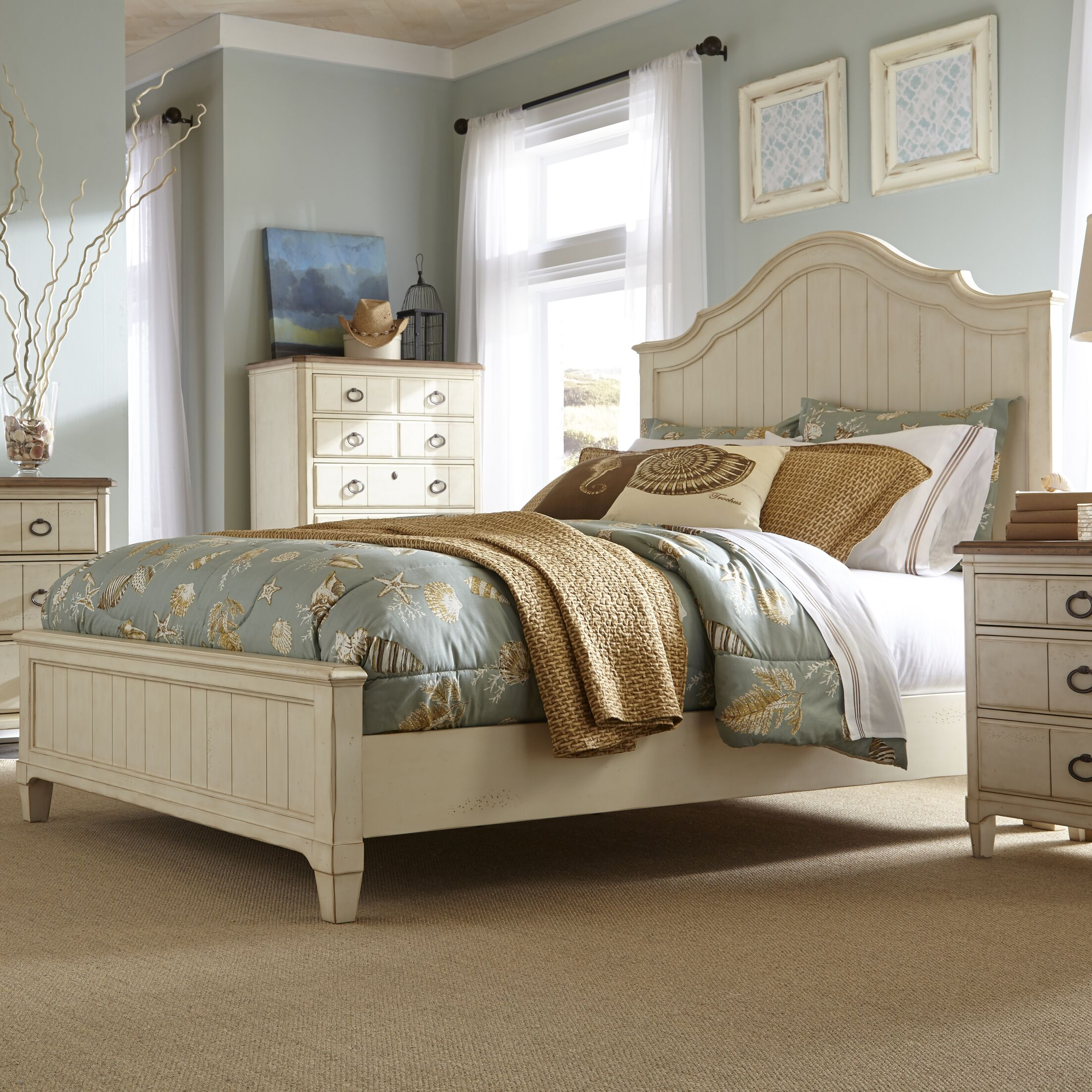 Millbrook Panel Bed Size: Double/Queen