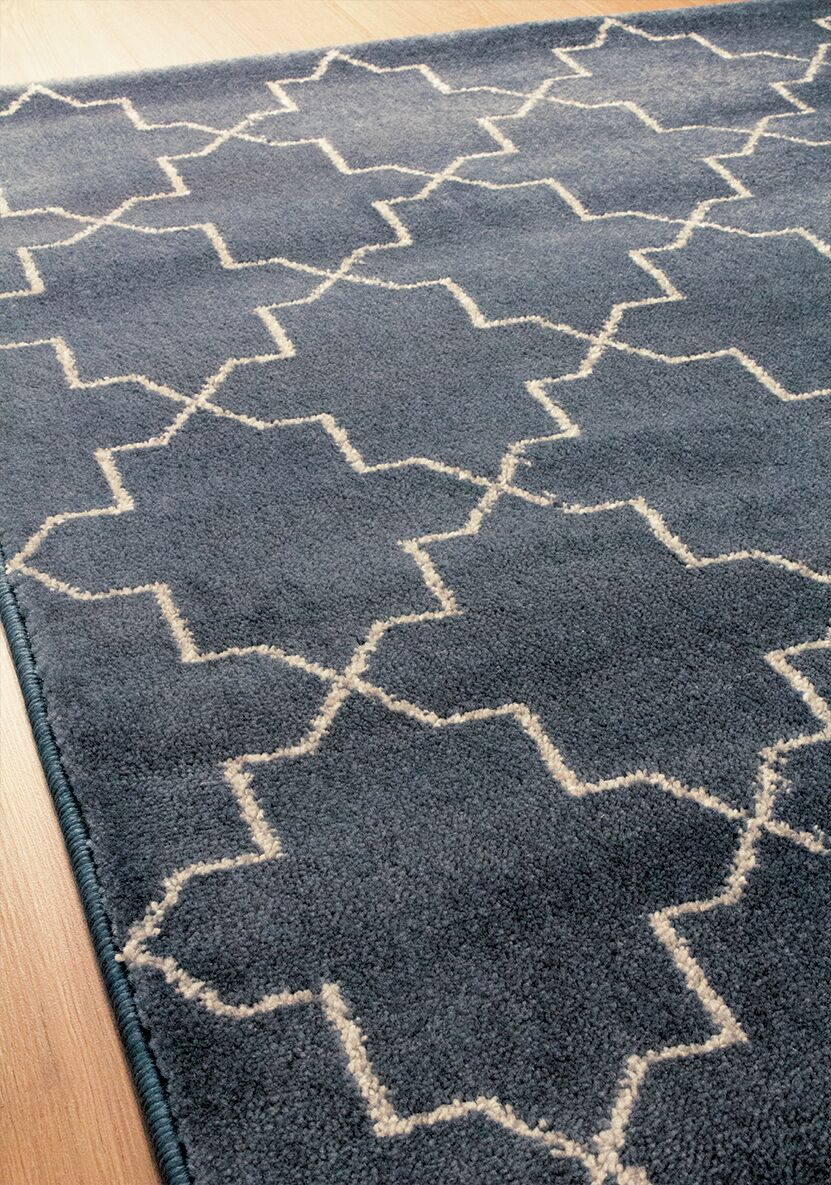 Farnborough Navy Area Rug Rug Size: 5'3