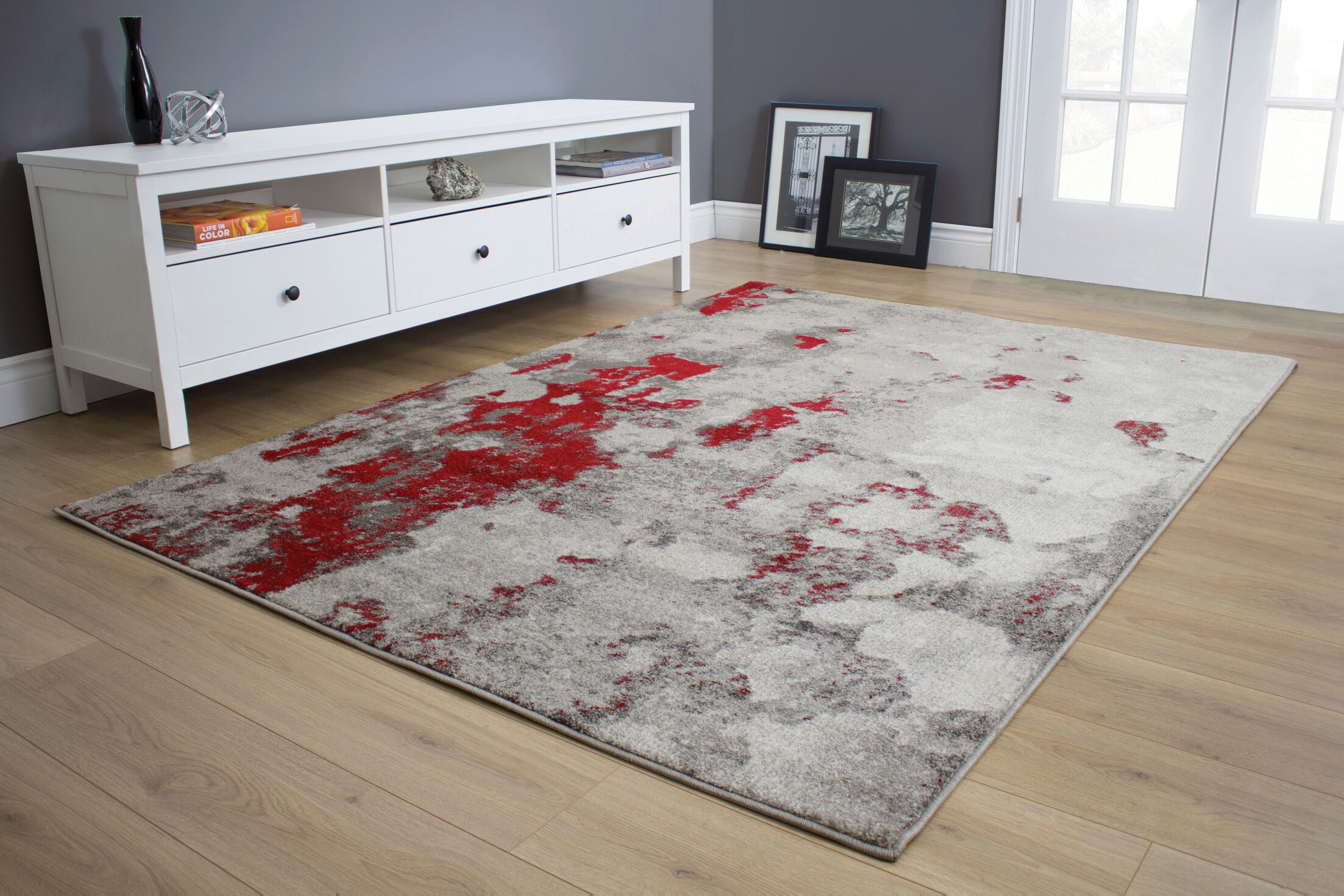 Atticus Abstract Expression Gray/Red Area Rug Rug Size: 7'10