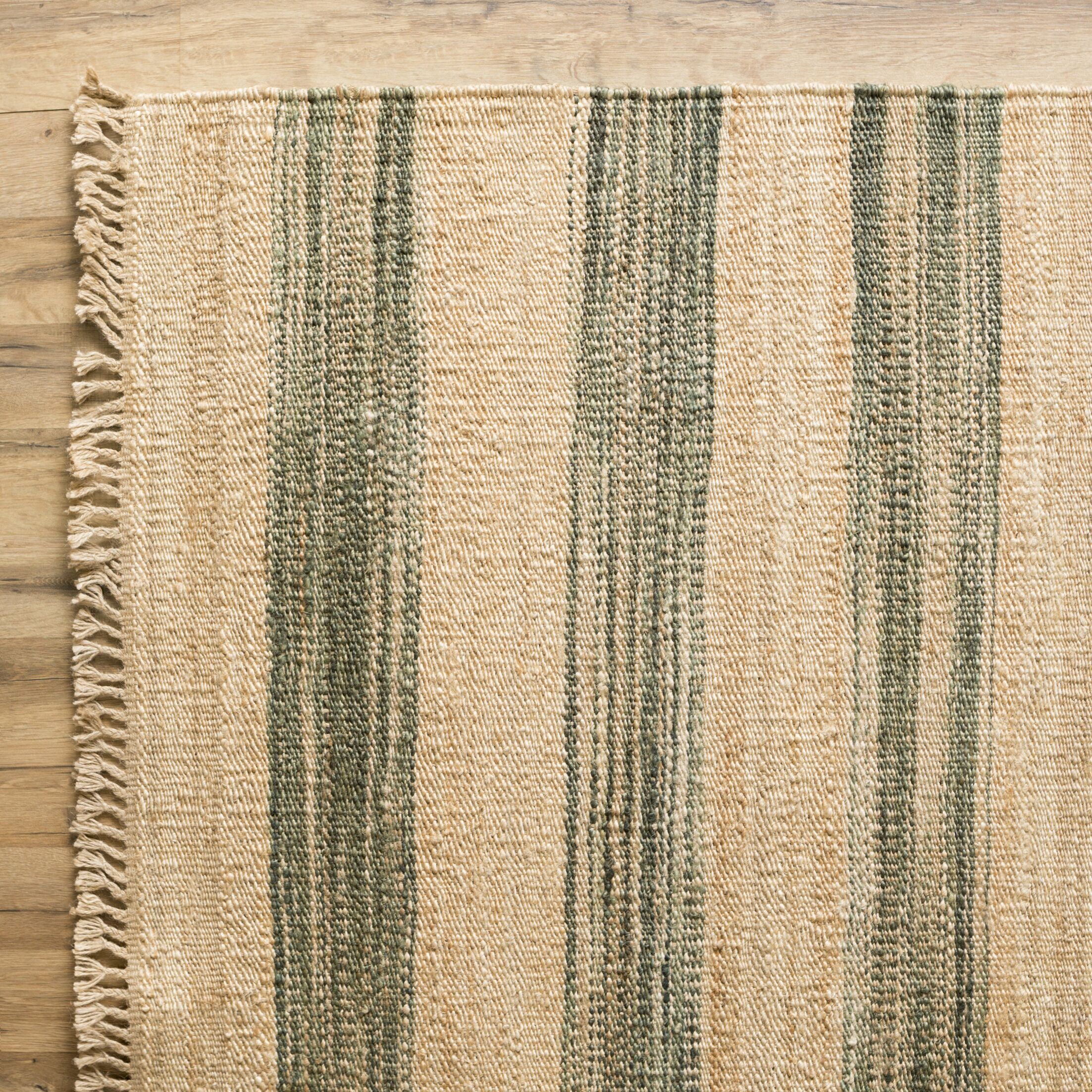 Victoria Forest Rug Rug Size: Rectangle 5' x 8'