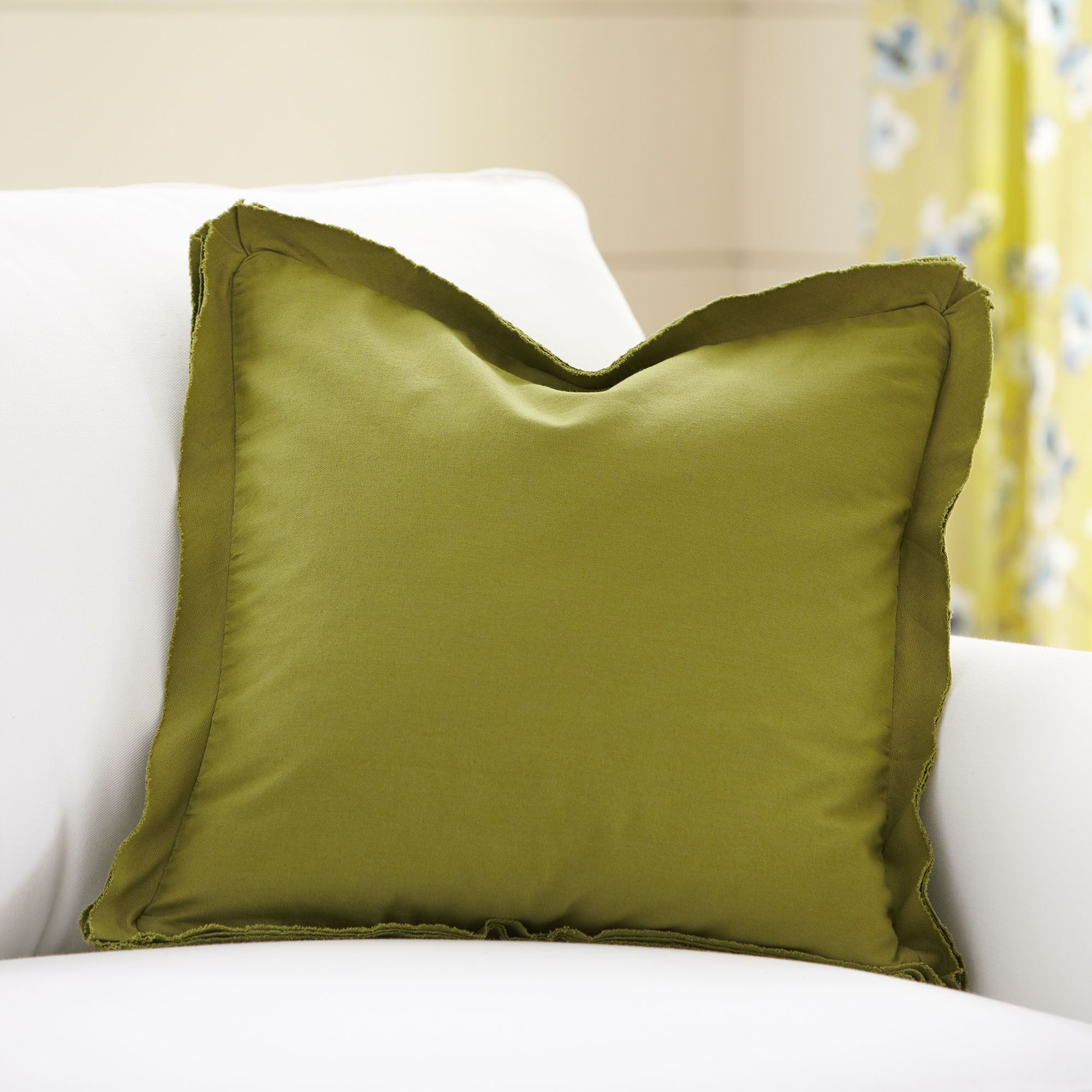 Joelle Pillow Cover Size: 20