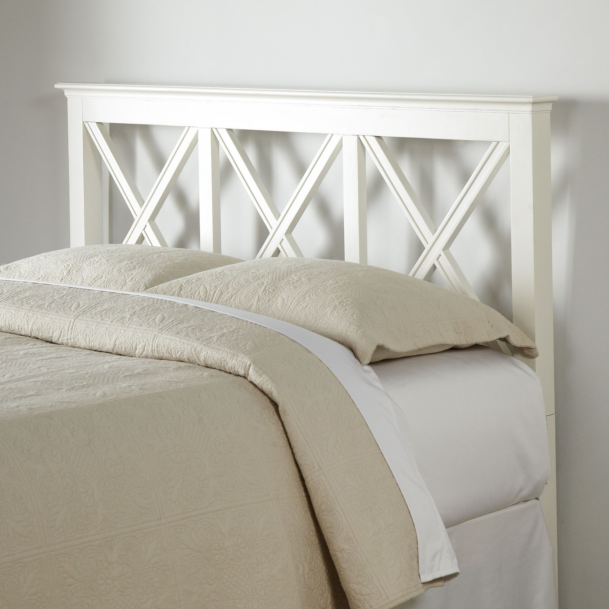 Potter Headboard Size: King, Color: White