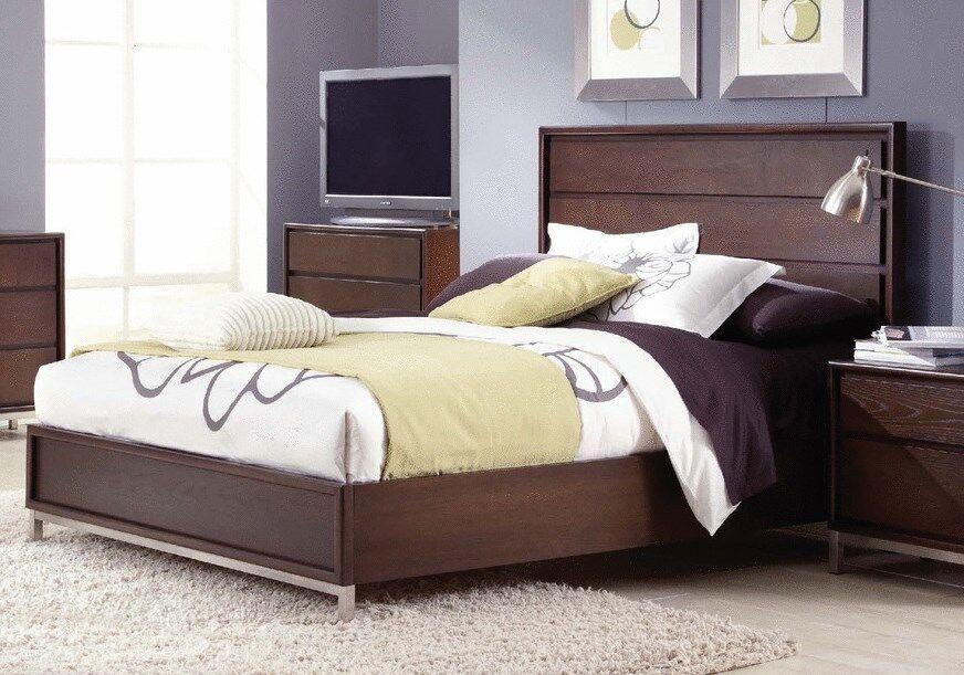 Sandrine Platform Bed Size: King