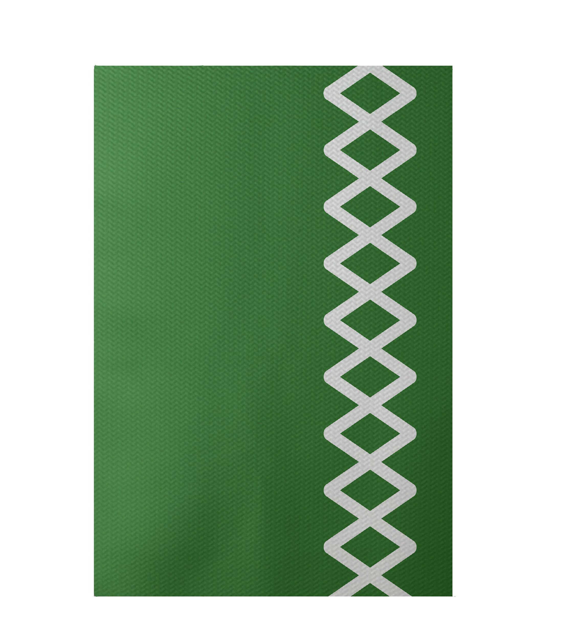 Geometric Green Indoor/Outdoor Area Rug Rug Size: Rectangle 3' x 5'