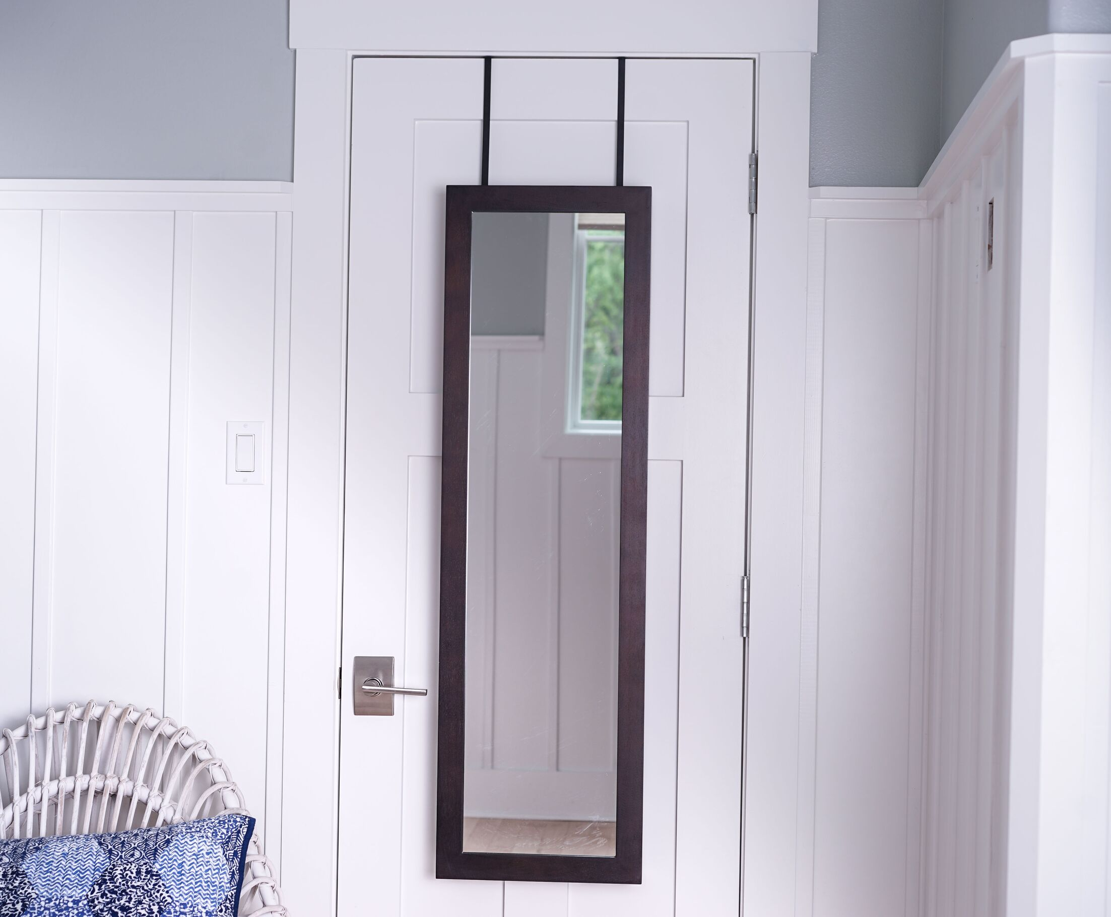 Campbell Over the Door Jewelry Armoire with Mirror Color: Dark Walnut