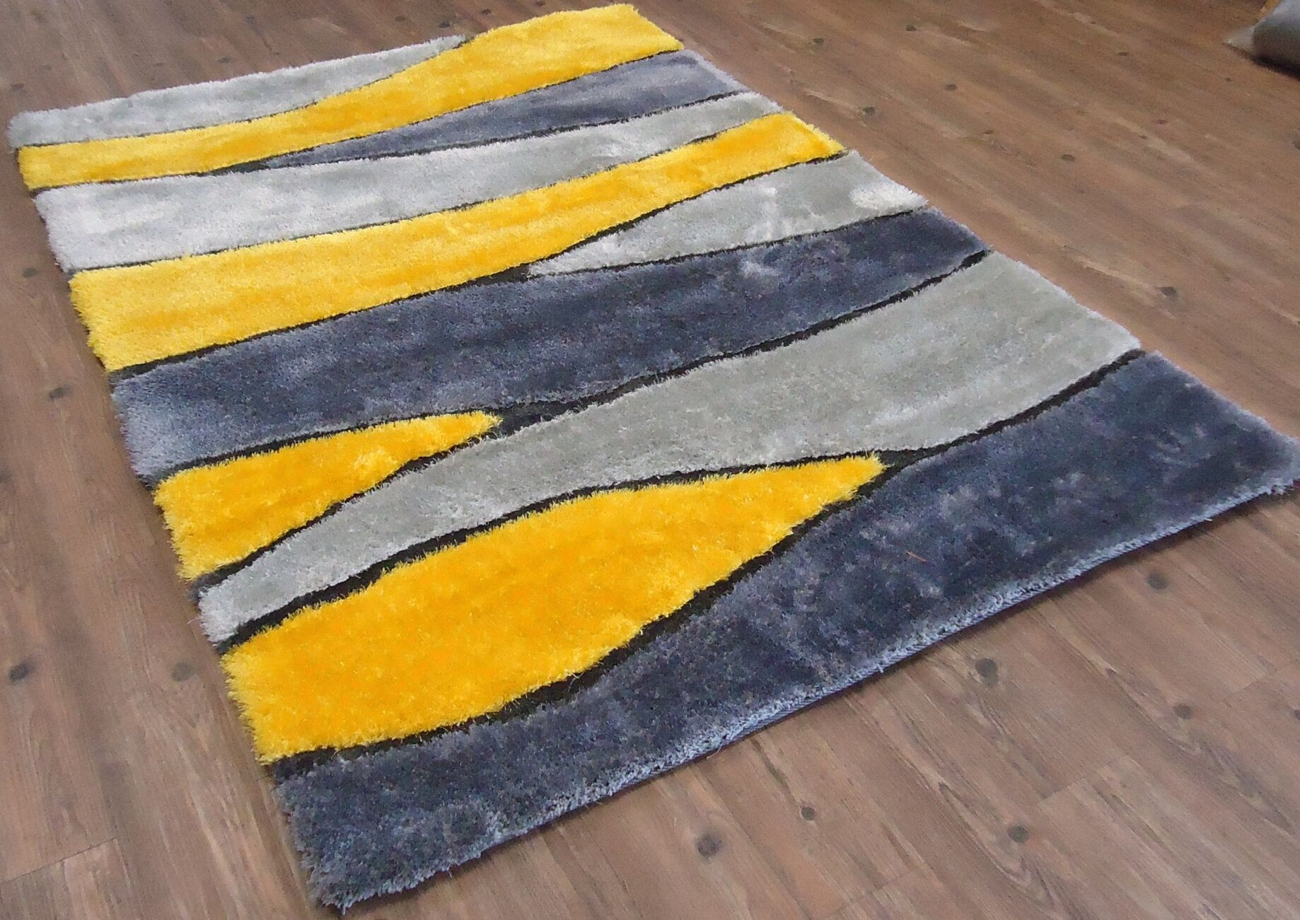Clayburn Hand-Tufted Yellow Area Rug Rug Size: Rectangle 7'6