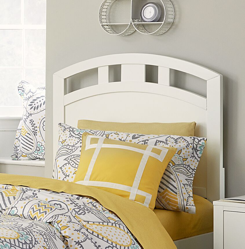 Granville Arch Panel Headboard Size: Full, Color: White