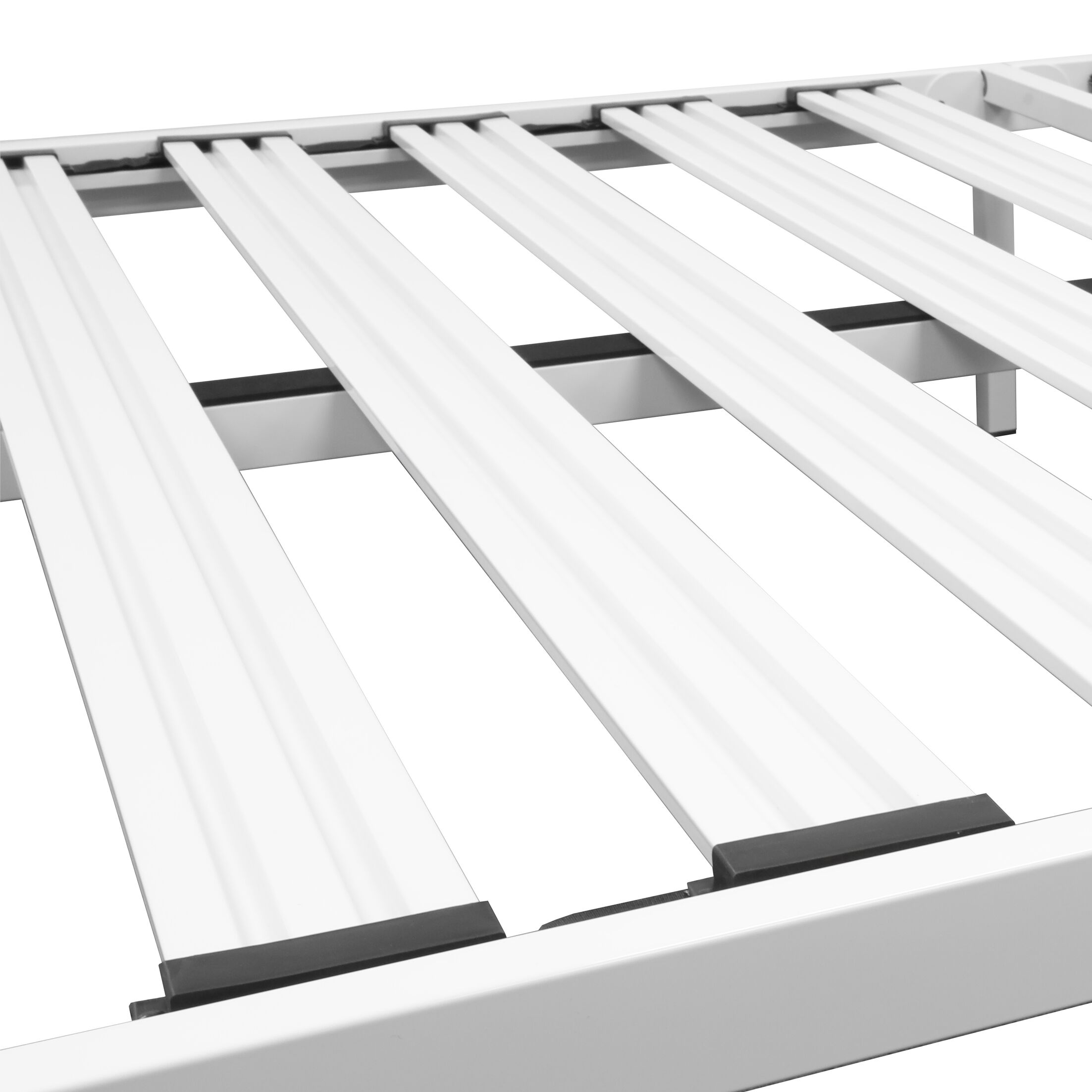 Hukill White Metal Platform Bed Frame Size: Queen