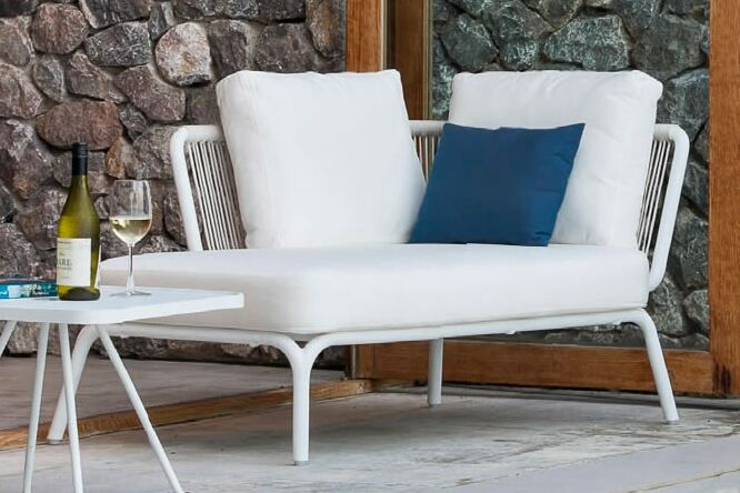 Yland Chaise Lounge with Cushion Fabric: Canvas Natural, Finish: White / White