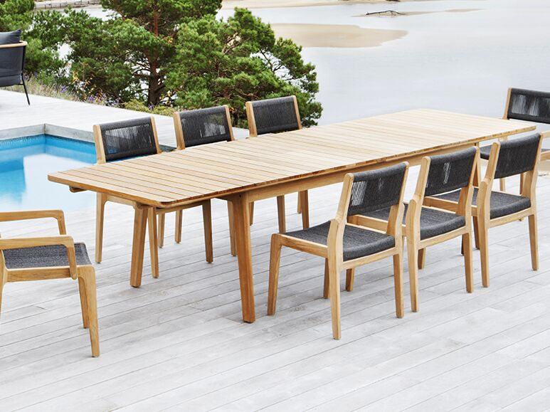 Skagen Extendable Dining Table