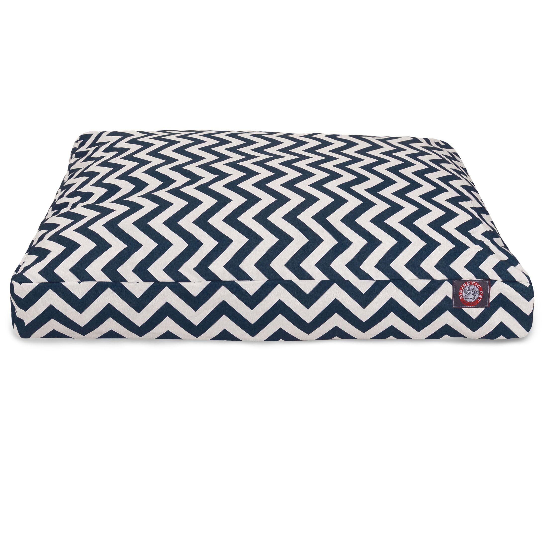 Chevron Rectangle Dog Bed Color: Navy, Size: Medium (44