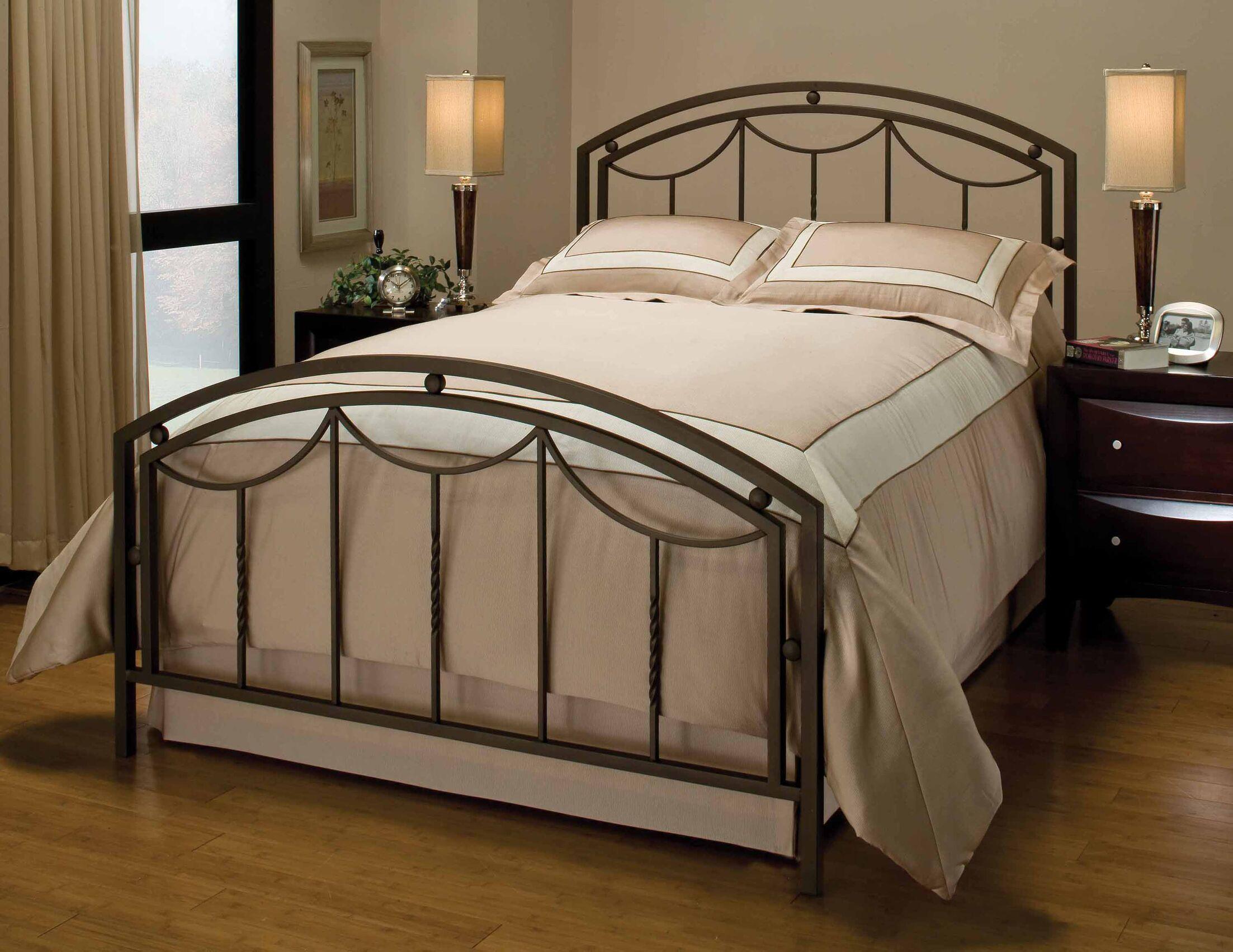 Delaney Bed Size: King