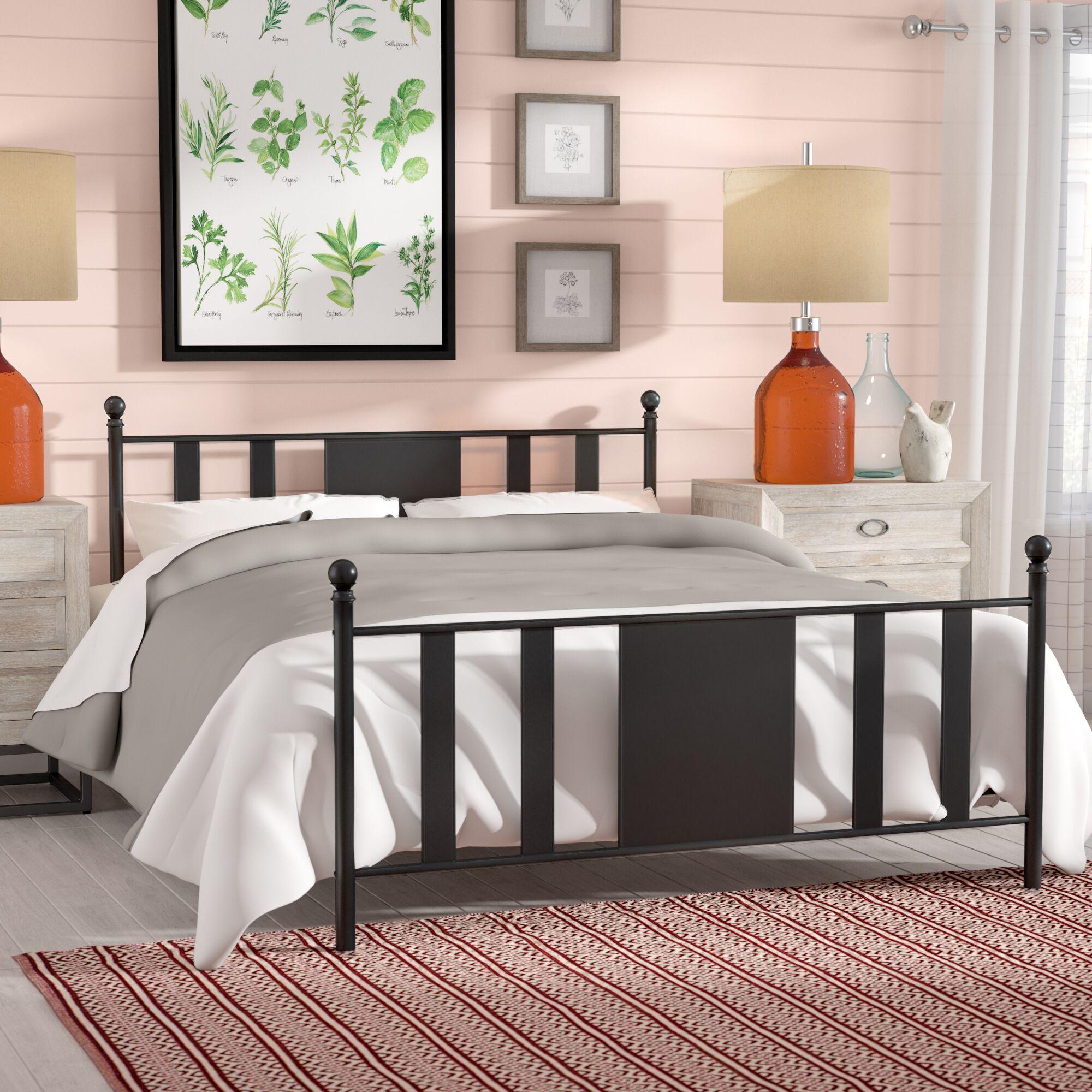 Glade Park-Gateway Platform Bed Size: Queen