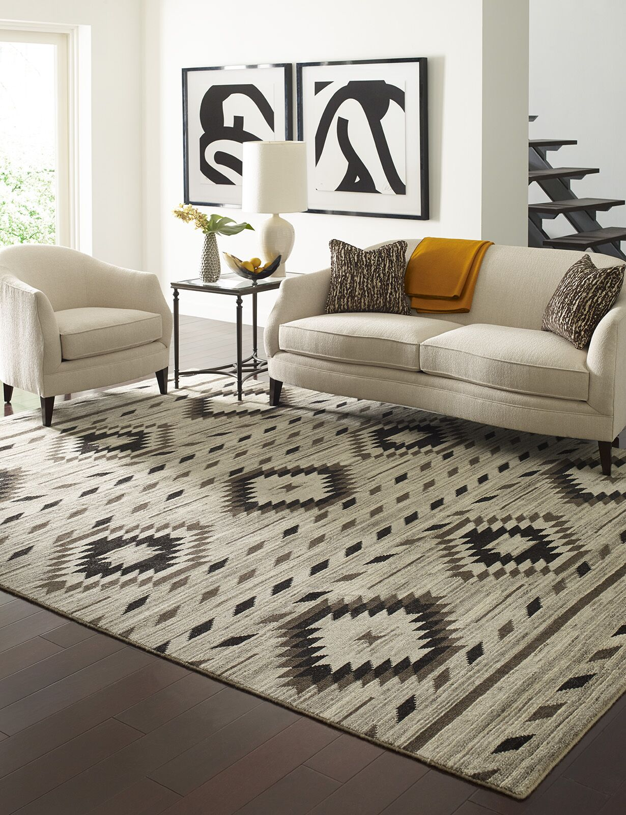 Reading Hand-Knotted Wool Ivory Area Rug Rug Size: Rectangle 3' x 5'