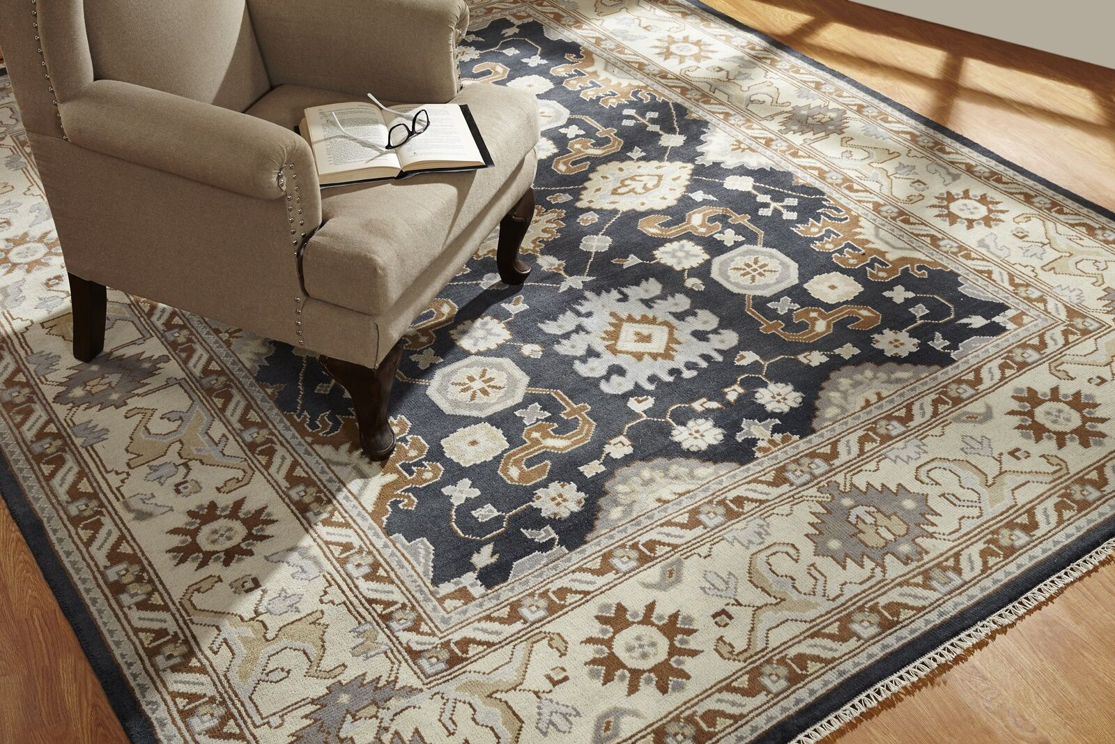 Wright Hand Knotted Wool Black/Ivory Area Rug Rug Size: Rectangle 9' x 12'