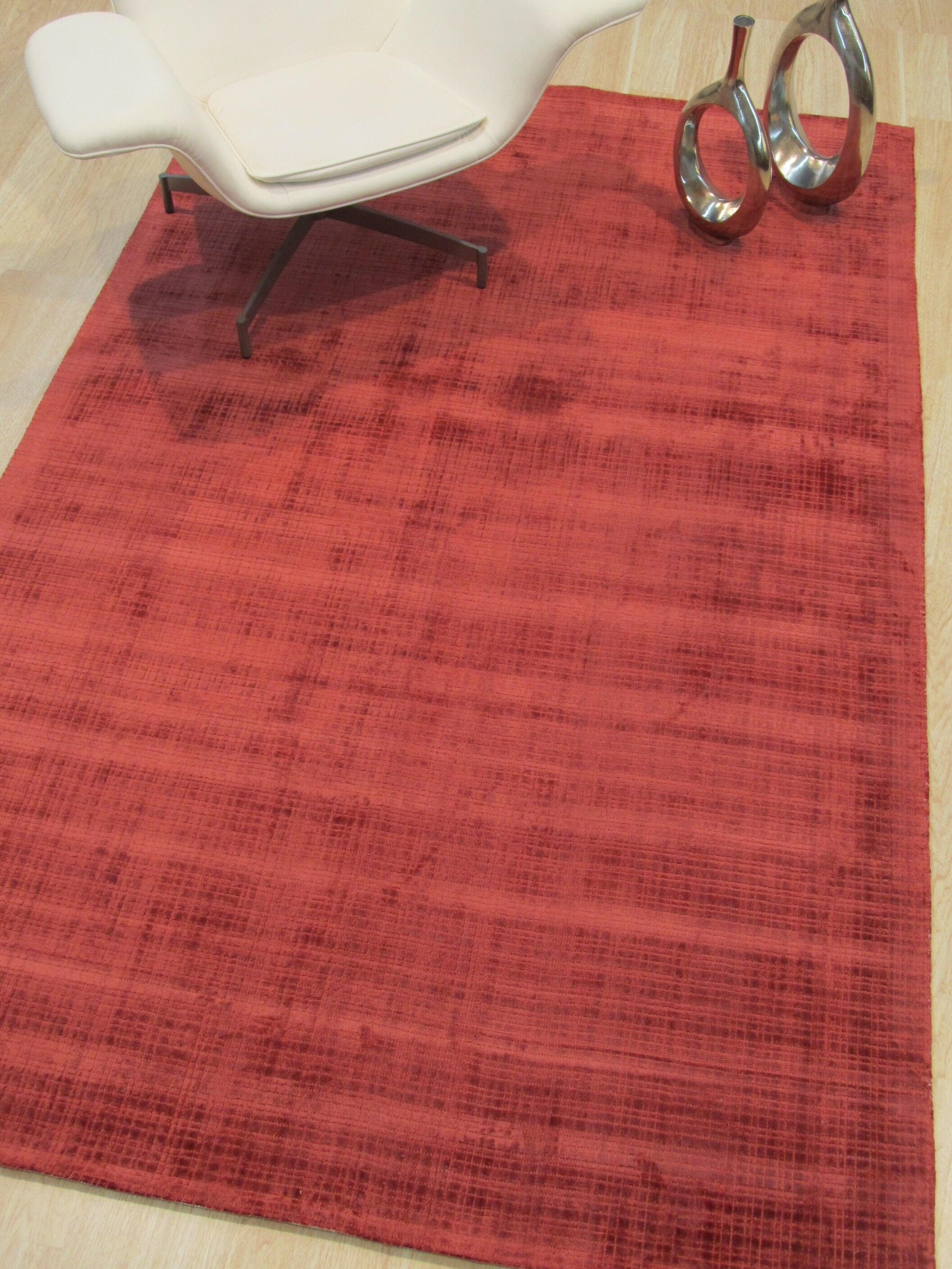 Clarissa Hand-Woven Red Area Rug Rug Size: Rectangle 8'9