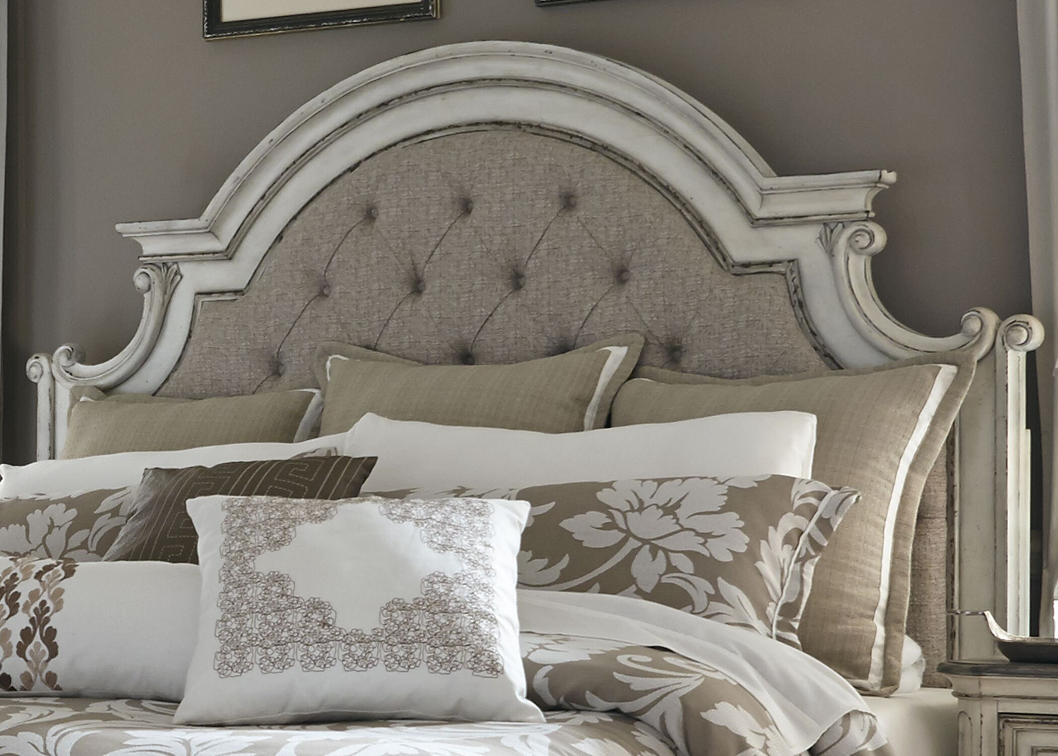 Niels Upholstered Panel Headboard Size: King