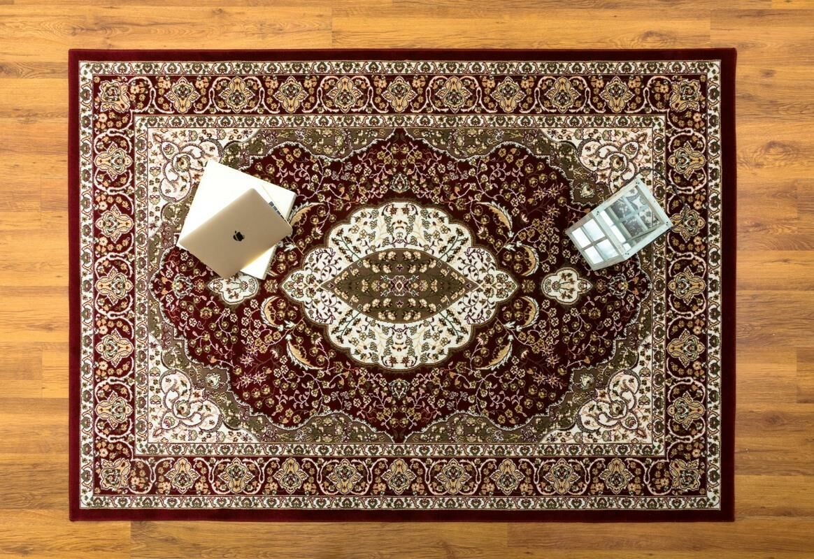Caledonian Oriental Red/Cream Area Rug Rug Size: Rectangle 5'3
