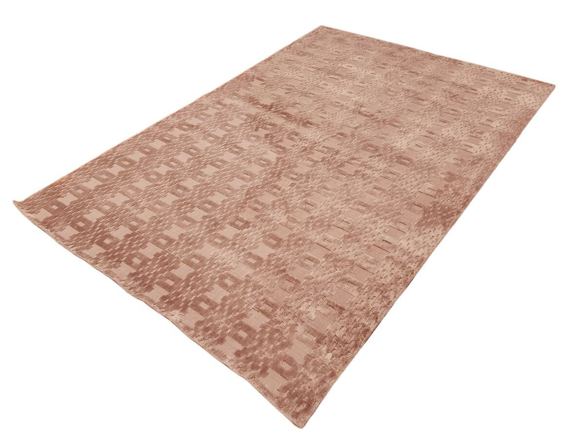 Bakerstown Hand-Woven Silk Pink Area Rug Rug Size: Rectangle 5'11