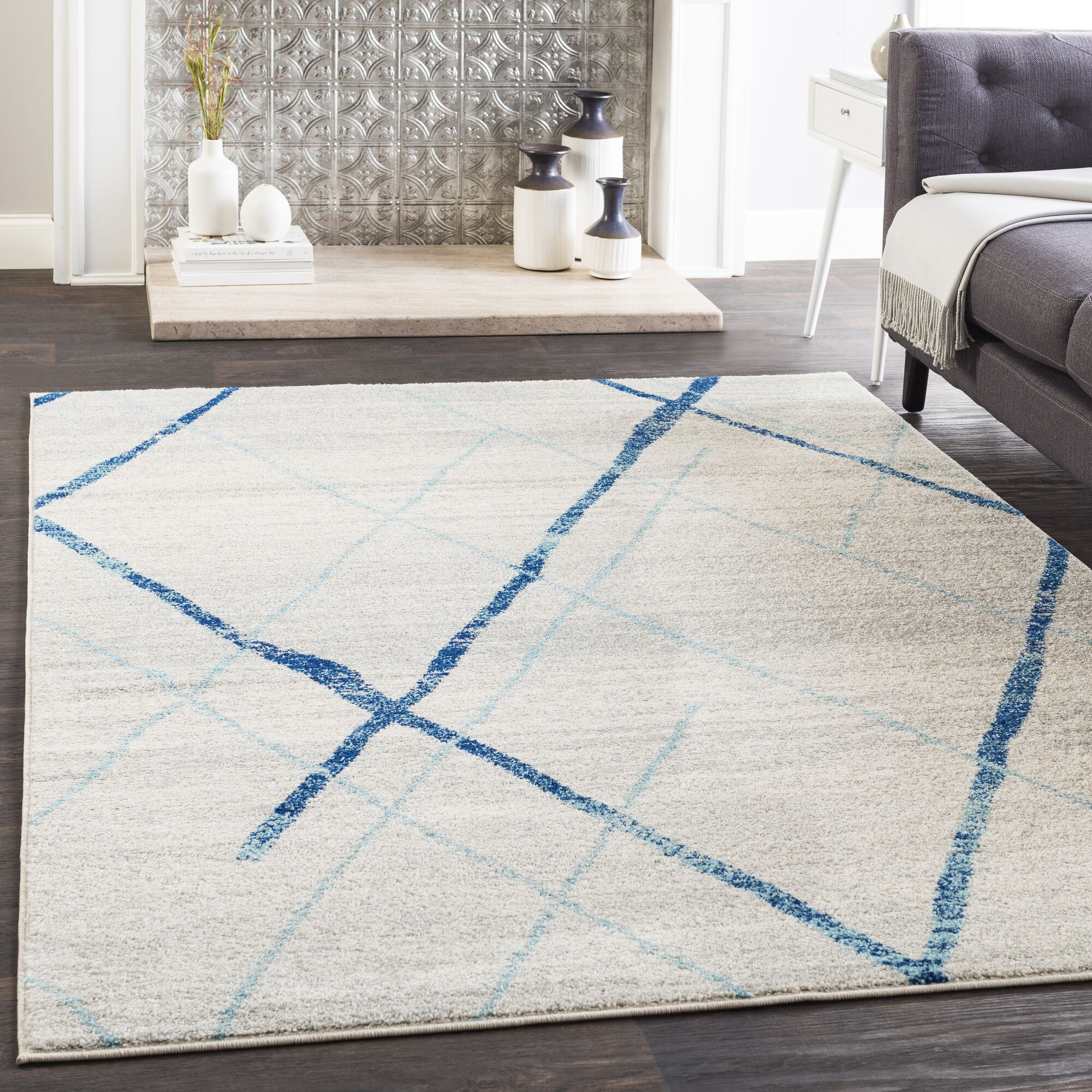Kreutzer Distressed Navy/Light Blue Area Rug Rug Size: Rectangle 7'10