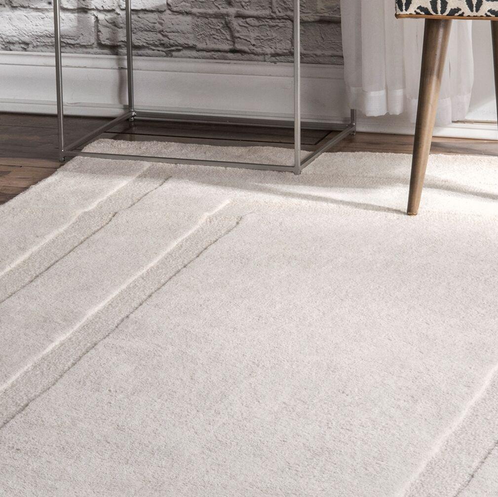 Hamel Hand-Tufted Wool Ivory Area Rug Rug Size: Rectangle 5' x 8'