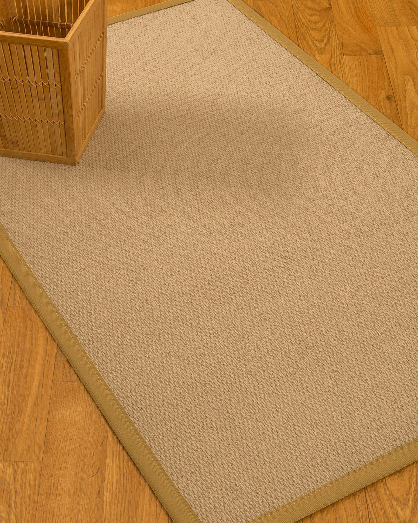 Chea Border Hand-Woven Wool Beige/Sage Area Rug Rug Size: Rectangle 6' x 9', Rug Pad Included: Yes