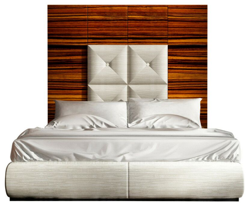 Huggins Panel Bed Size: King