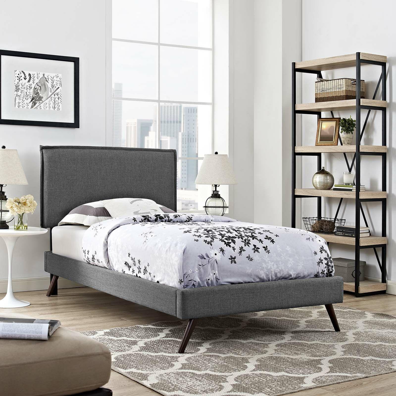 Craighead Upholstered Platform Bed Color: Gray, Size: King