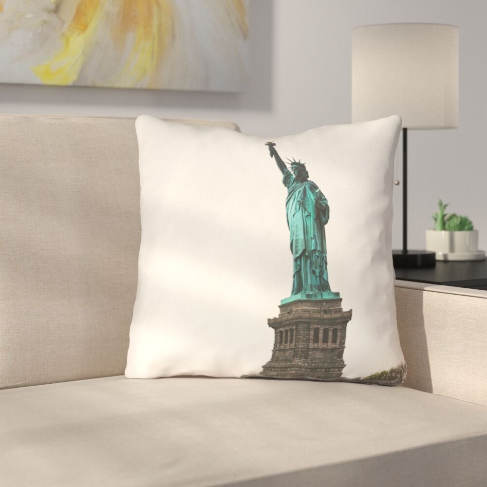 Statue of Liberty Square Outdoor Throw Pillow Size: 16
