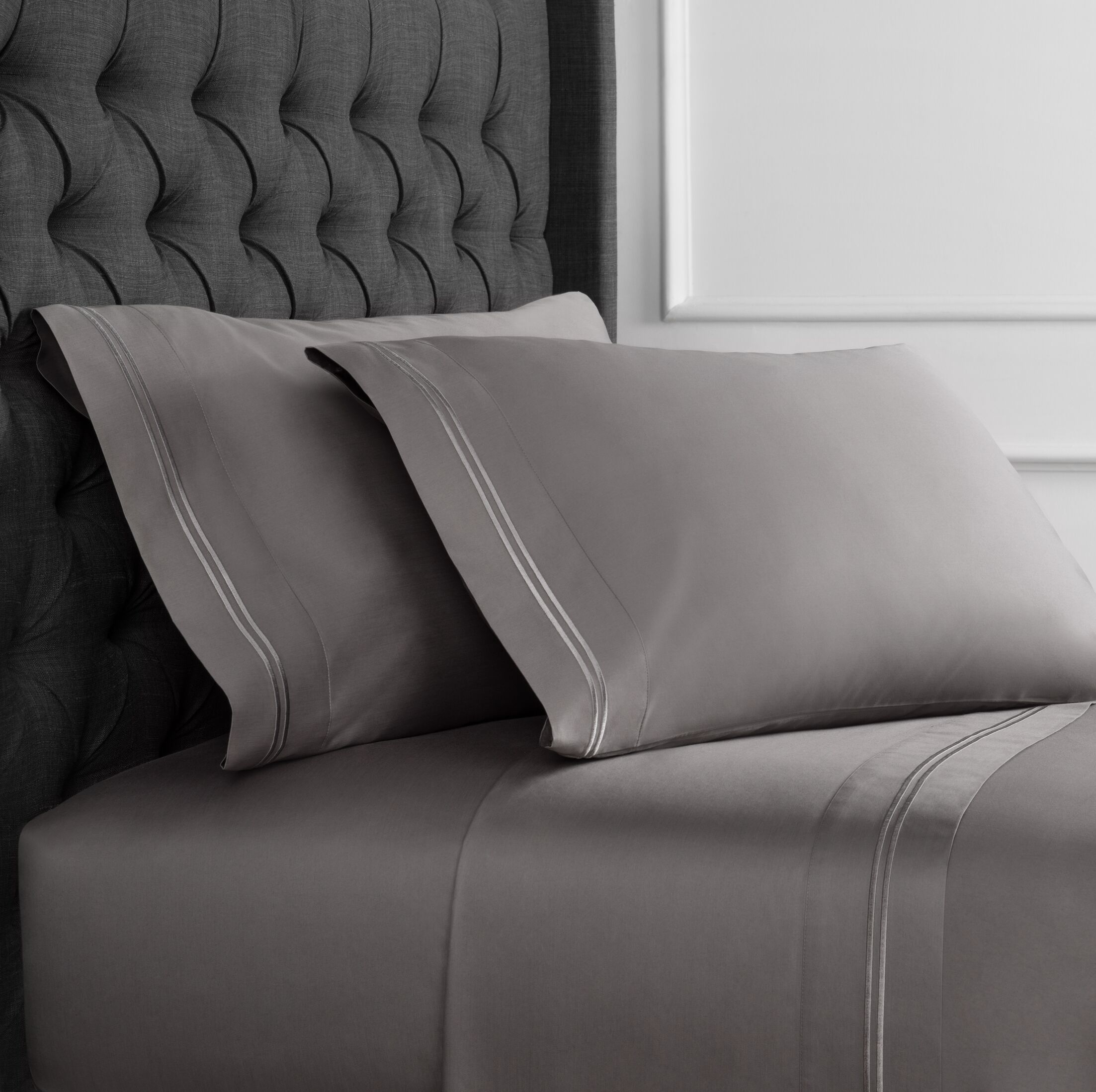 Crose Border Embroidered 600 Thread Count 100% Cotton Sheet Set Size: Twin, Color: Charcoal