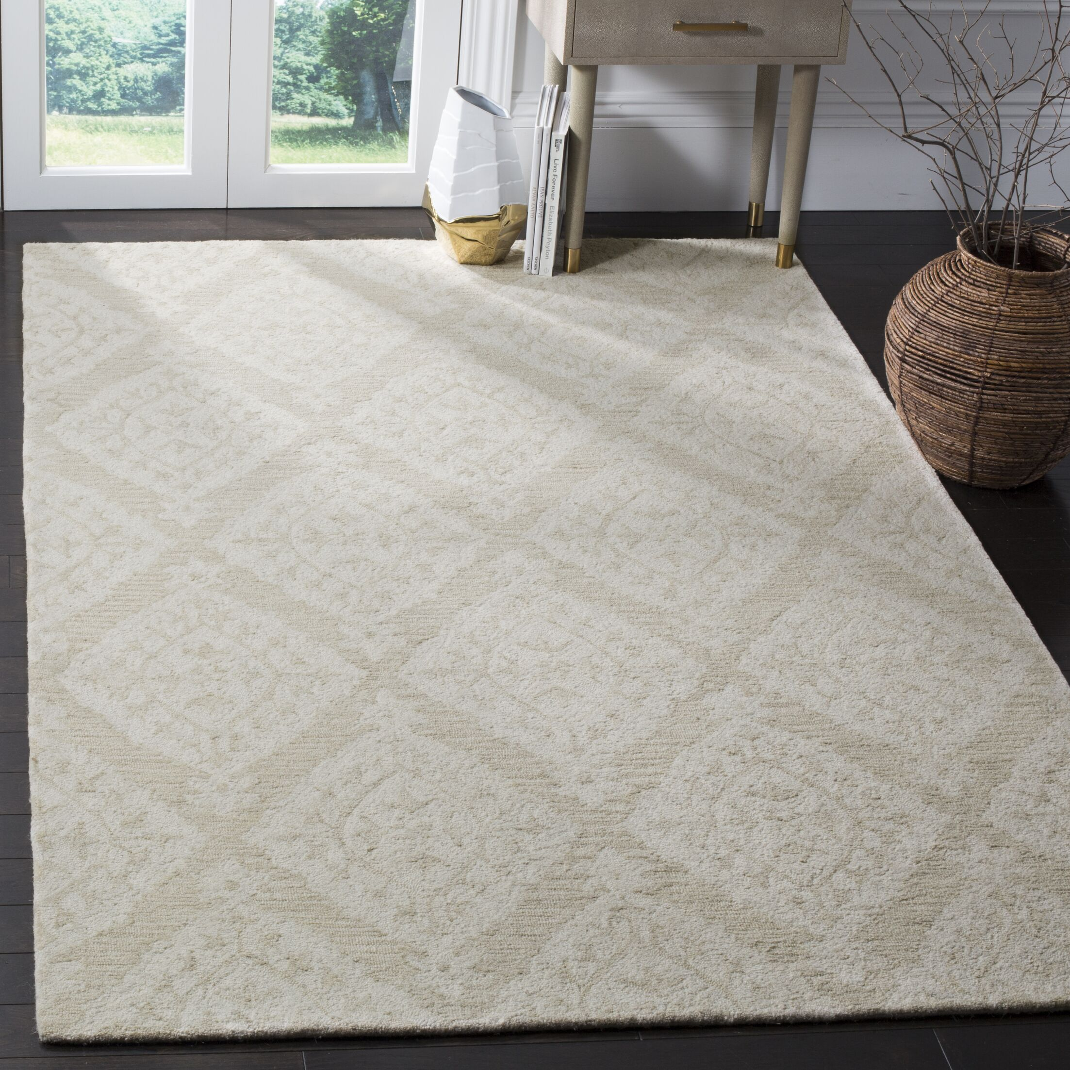 Salerna Hand-Tufted Wool Beige Area Rug Rug Size: Rectangle 4' x 6'