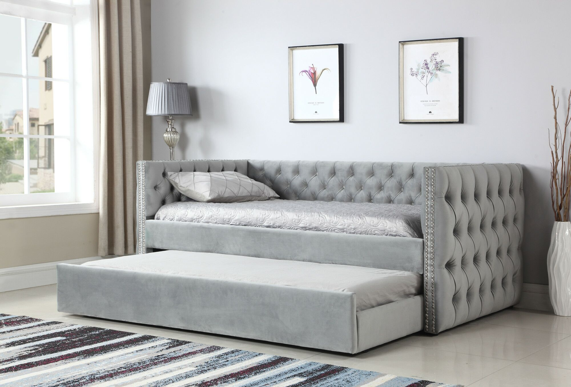 Lantana Upholstered Daybed with Button Tufting