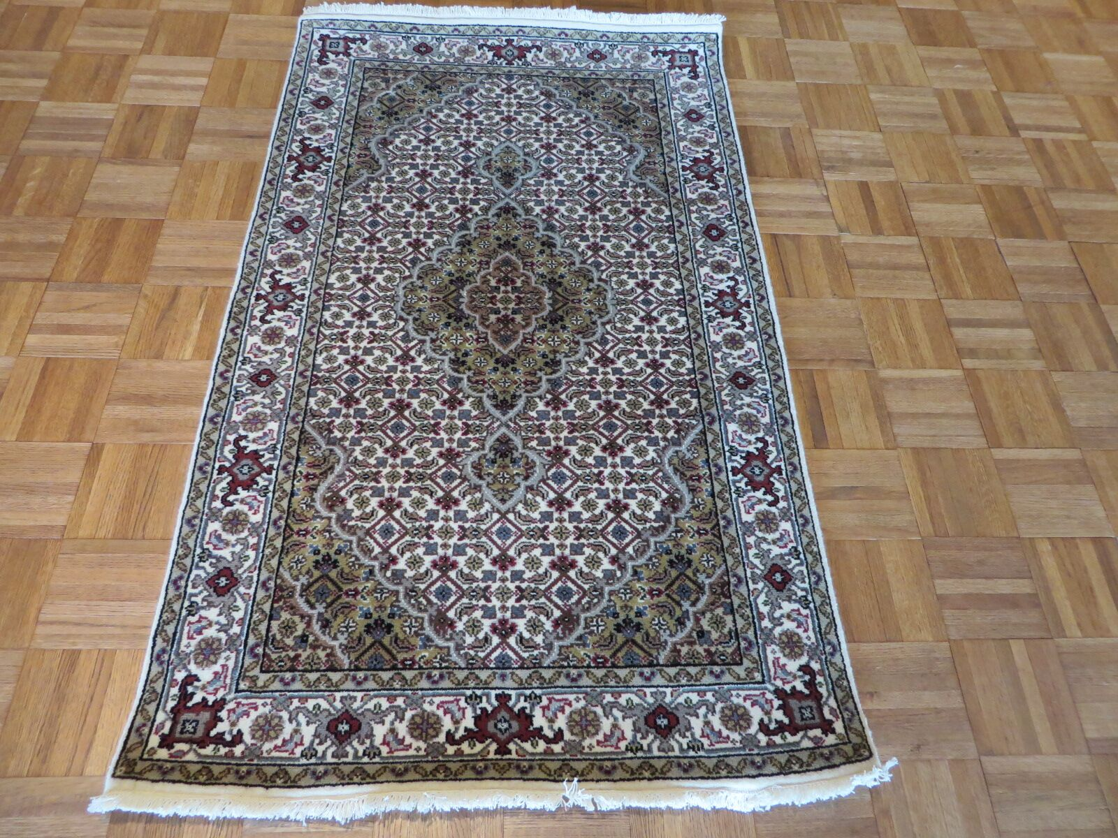 One-of-a-Kind Raiden Hand-Knotted Wool Ivory Area Rug Rug Size: Rectangle 3' x 5'