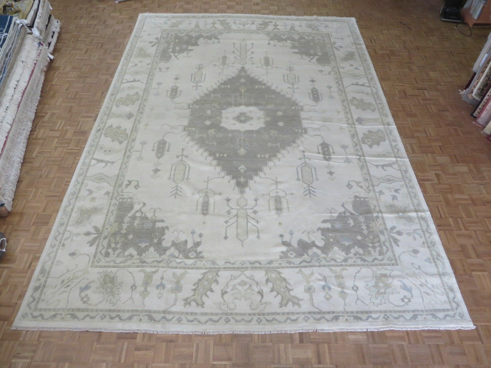 One-of-a-Kind Emerystone Oushak Hand-Knotted Wool Ivory Area Rug Rug Size: Rectangle 6'1