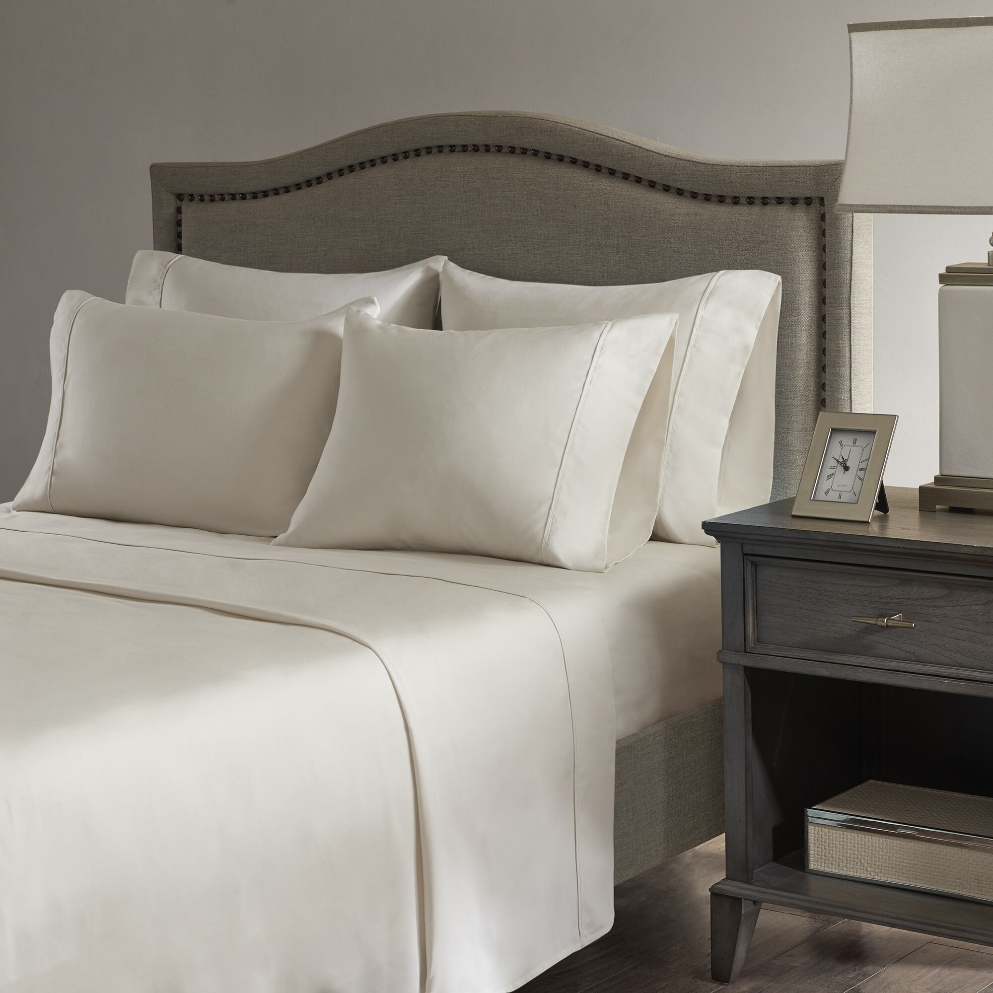 Sherley 800 Thread Count 6 Piece Sheet Set Size: King, Color: Ivory