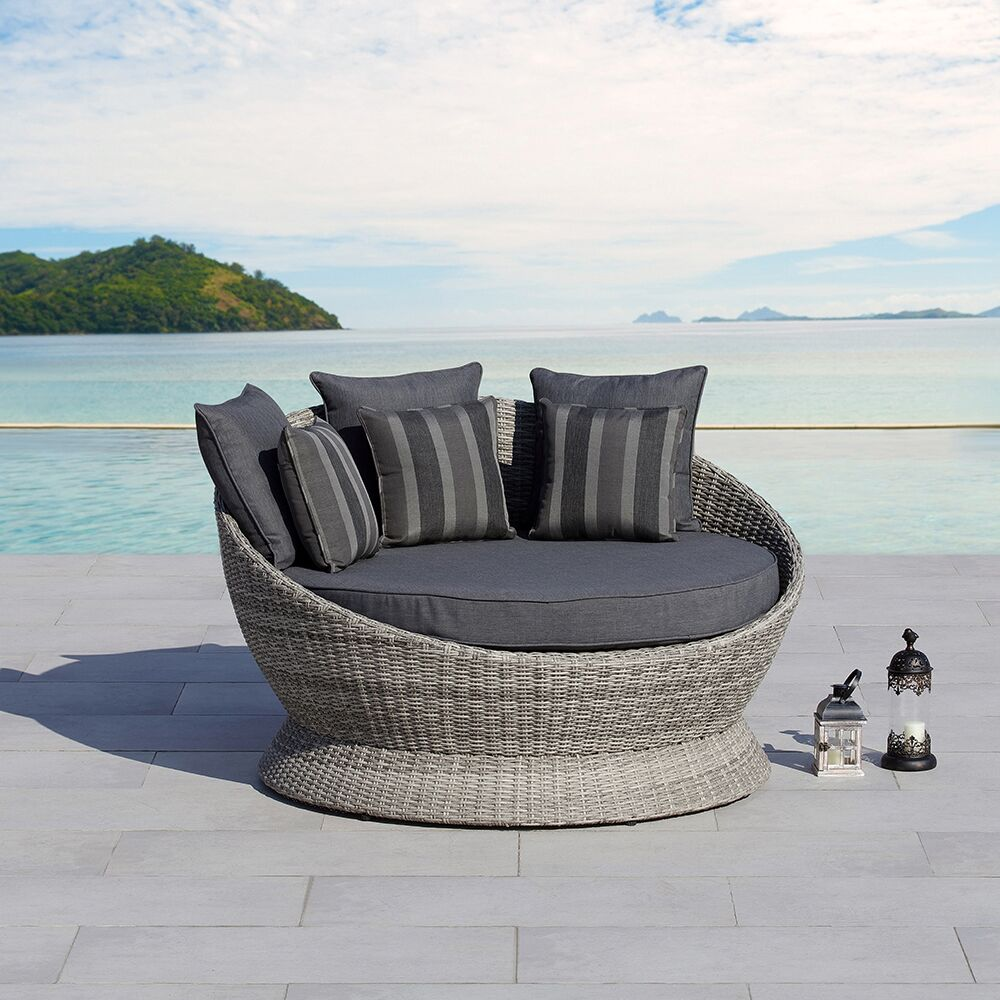 Brisbane Patio Daybed with Cushions