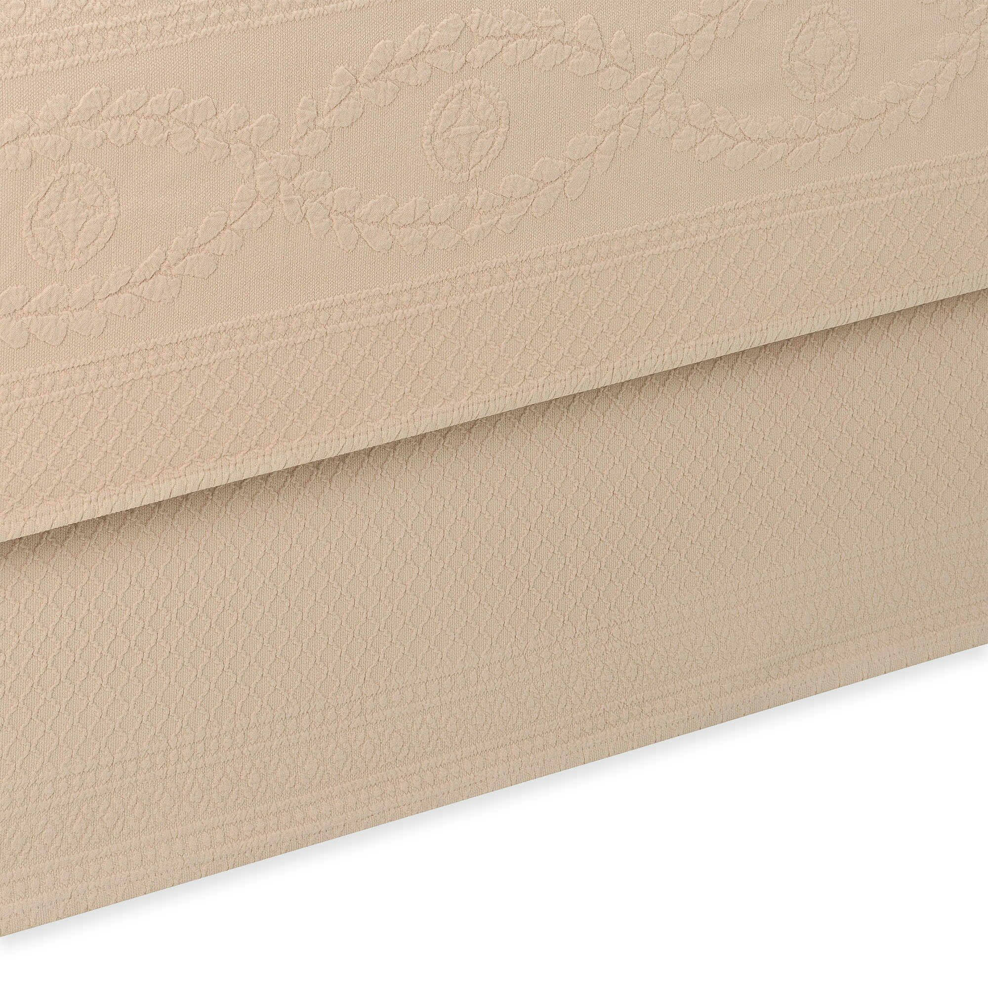 Williamsburg Abby Bed Skirt Color: Linen, Size: Twin