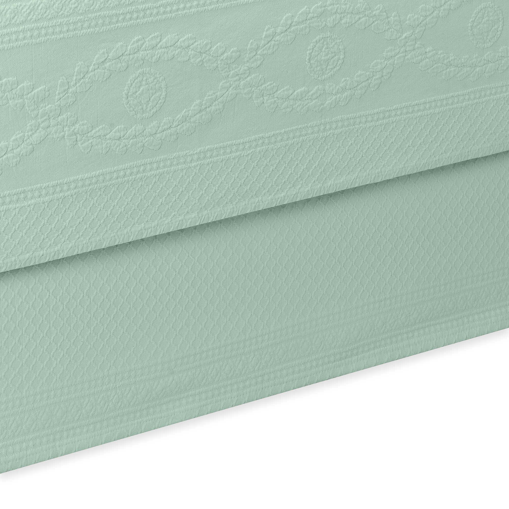 Williamsburg Abby Bed Skirt Color: Sage, Size: Full/Double