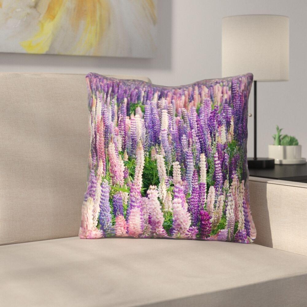 Joyeta Lavender Field Square Throw Pillow Size: 14