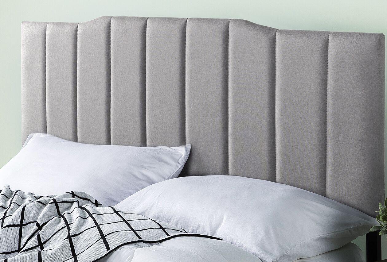 Atnip Upholstered Panel Headboard Size: 22.4