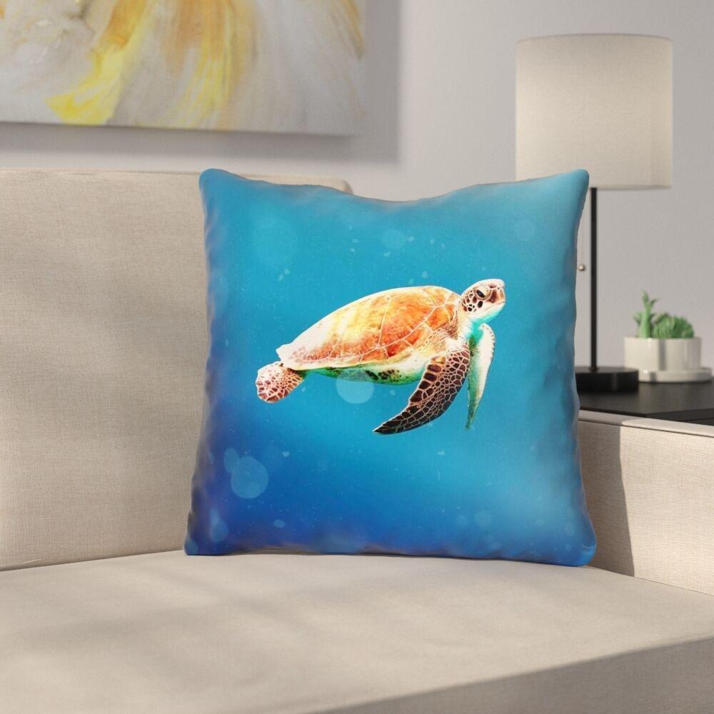 Sea Turtle Indoor/Outdoor Throw Pillow Size: 18