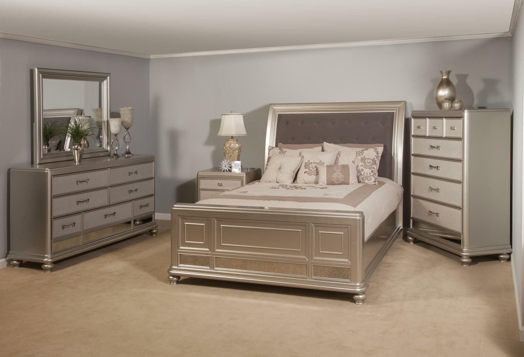 Panel 5 Piece Bedroom Set Bed Size: Queen