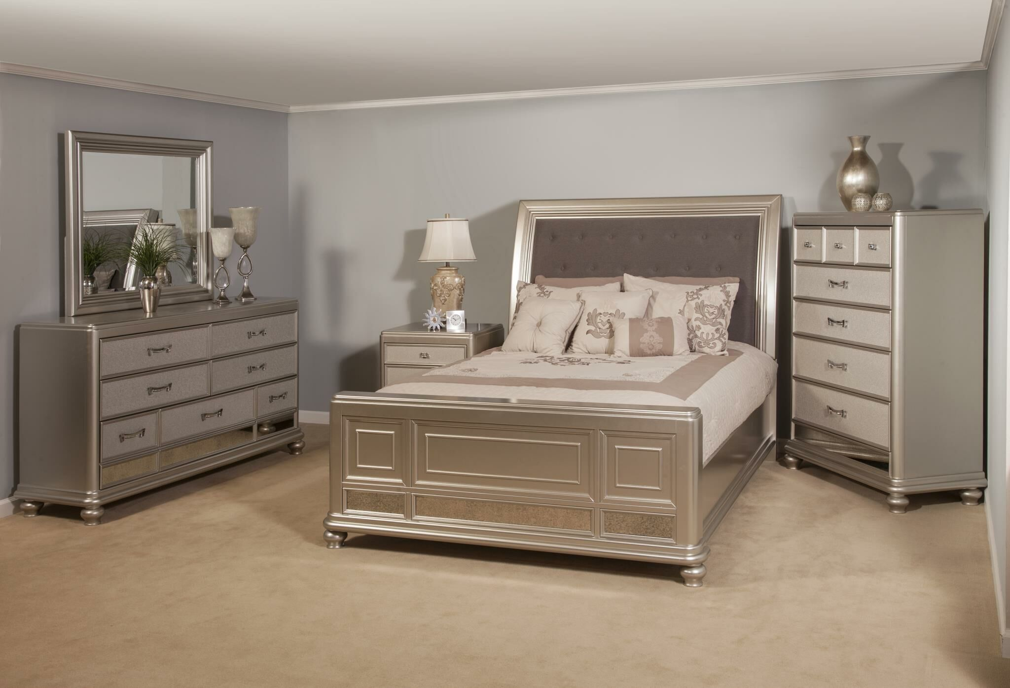 Kilburn Sleigh 6 Piece Bedroom Set Bed Size: King